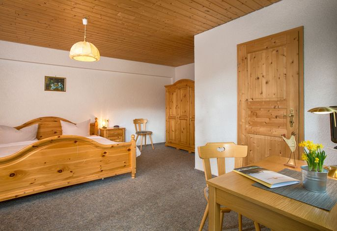 Landgasthof Thälerhäusle-Ochsen, (Furtwangen-Neukirch), LHS00477