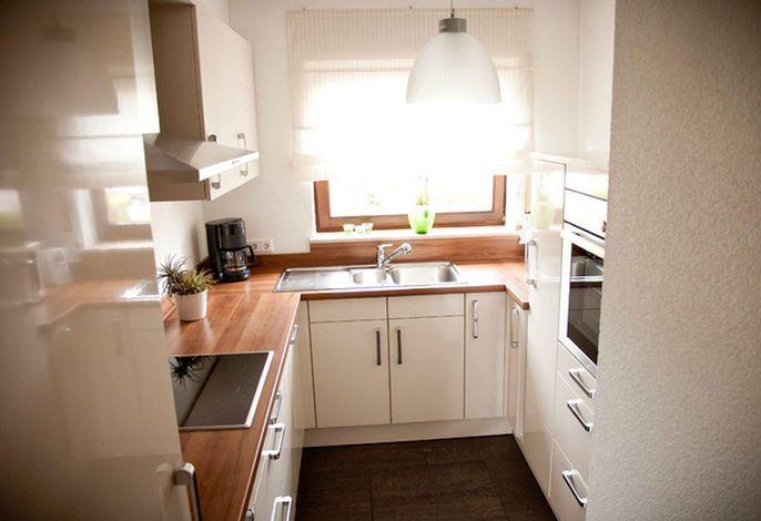 Neue vollausgestattete Küche
