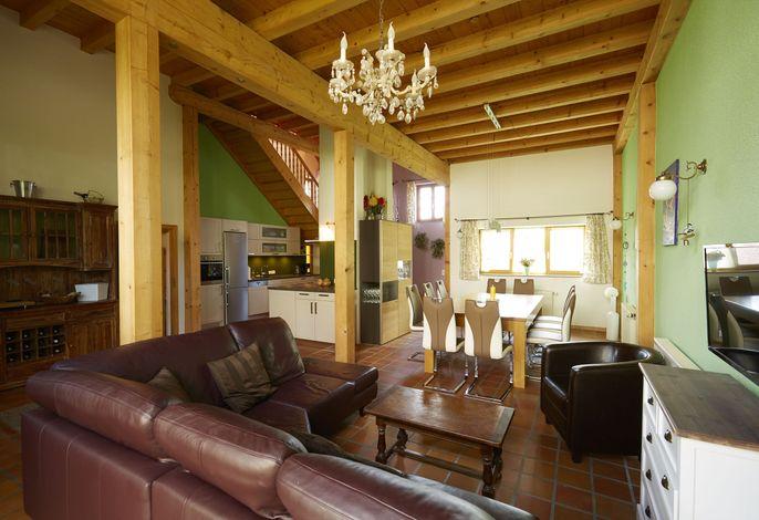 Küchen-Ess-Loungebereich im Erdgeschoss