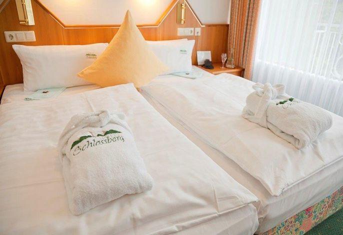 Hotel Schlossberg, (Badenweiler), LHS04454