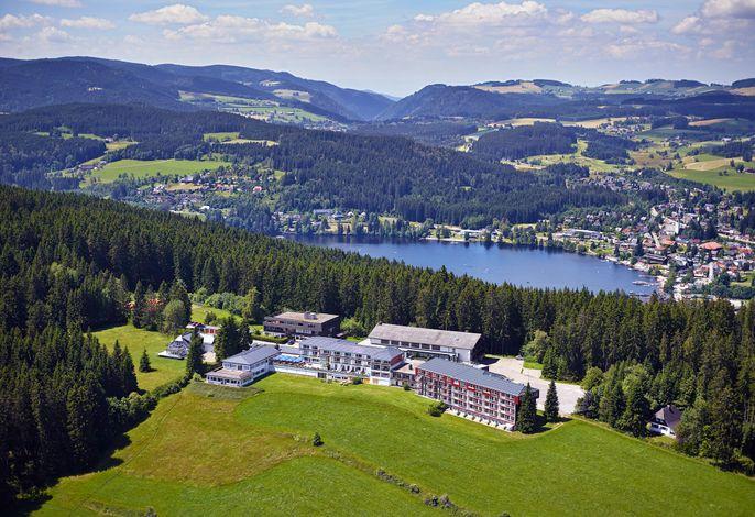 Luftaufnahme Hotel Saigerhöh mit Titisee