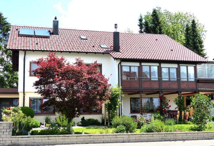 Unser Haus mit dem schönen Garten