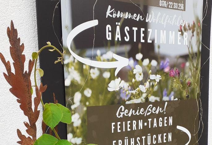 Gästehaus 26/2, (Bad Urach), LHS 05391