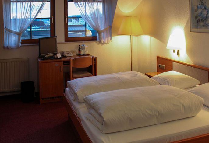 Hotel Bär, (Sinsheim), LHS05279
