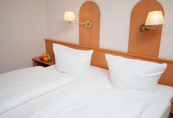 Hotel Zum Prinzen GbR, (Sinsheim), LHS05043