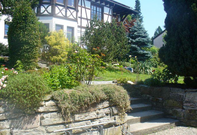 Garten und Hinterhaus Kennerweg