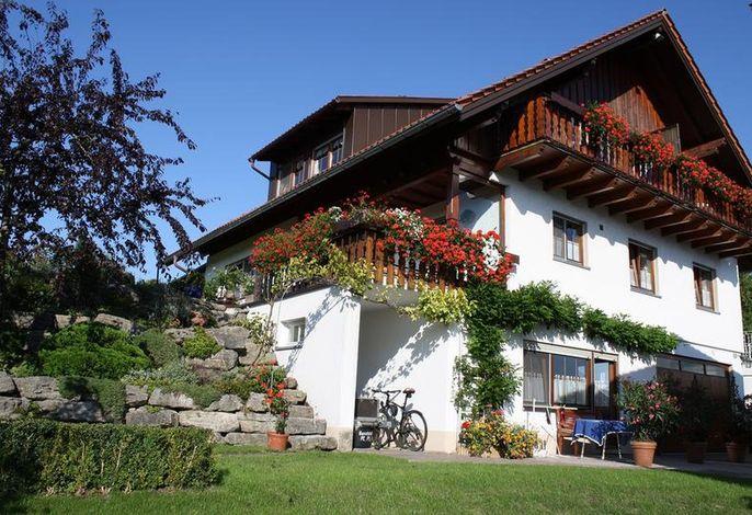 Ferienwohnungen mit Alpensicht