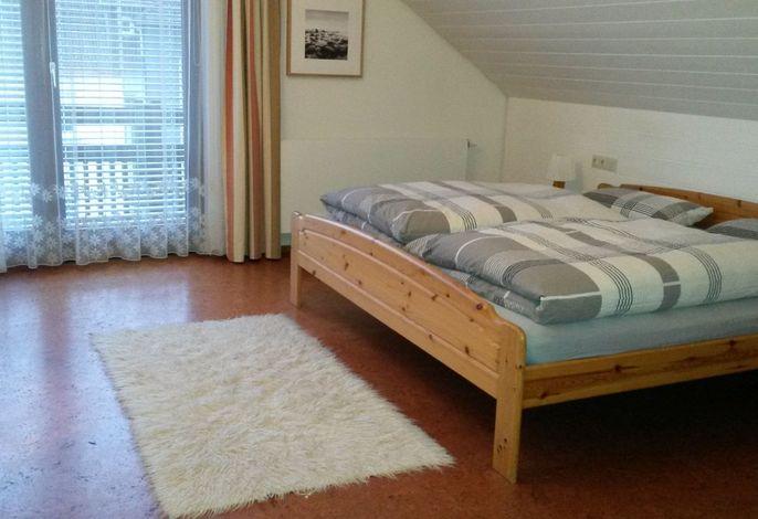 Ferienwohnungen Eppler, (Albstadt), LHS 05290