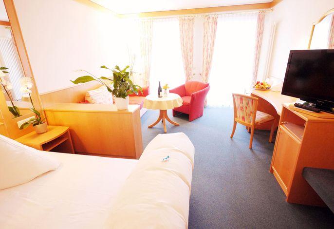 Kreuz-Post Hotel-Restaurant Spa, (Vogtsburg-Burkheim), LHS00316