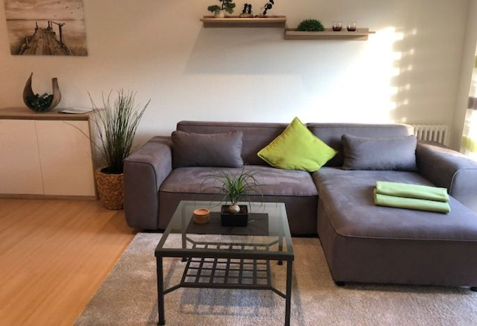 Großzügiges Sofa