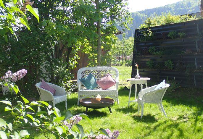 Garten mit Blick zur Lounge - Schwarzwald-Traum