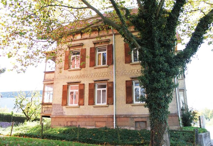 Ferienwohnungen Metzingen mit Balkon (BW16, BW17)