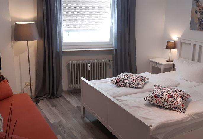 Doppel-/Dreibettzimmer, für Familien mit gr. Kindern oder für 3 Jugendliche