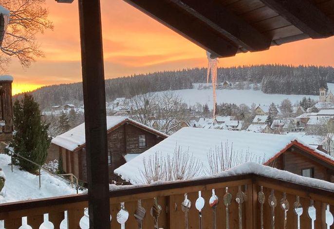 Aussicht vom Balkon Richtung Dorf im Winter