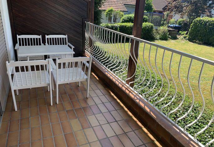 ferienwohnung-langenargen-wohnung-3-balkon.jpg