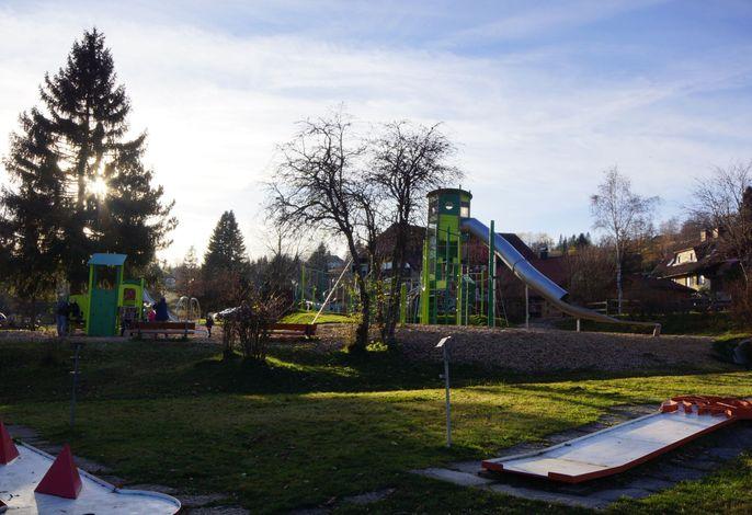 Abenteuerplatz+Minigolf
