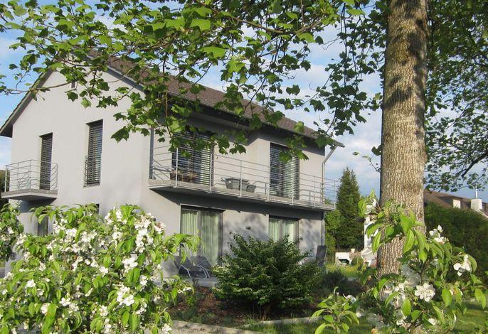 Haus Withum - Nonnenhorner Straße 3