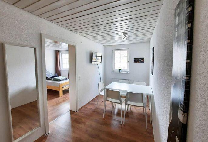 Schöne Ferienwohnung mit 3 Schlafzimmer & WLAN, (Wendlingen am Neckar), LHS 09291 Neu