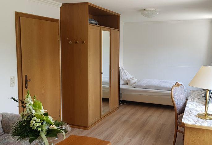 Wohnbeispiel - Einzelzimmer Bergblick