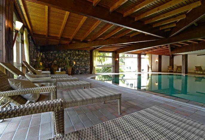Entspannen im Panorama-Pool
