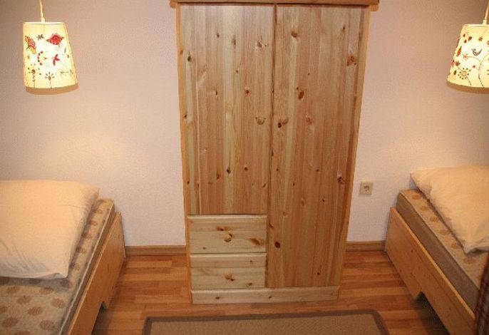 Kleines Schlafzimmer, getrennte Betten