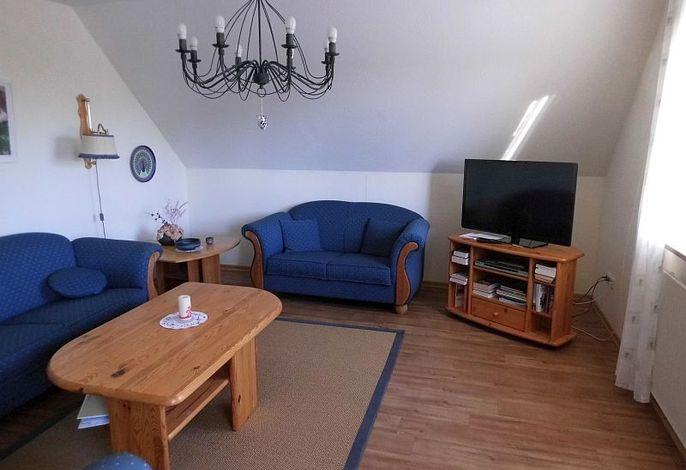 Helles gemütliches Wohnzimmer für gemütliche Stunden