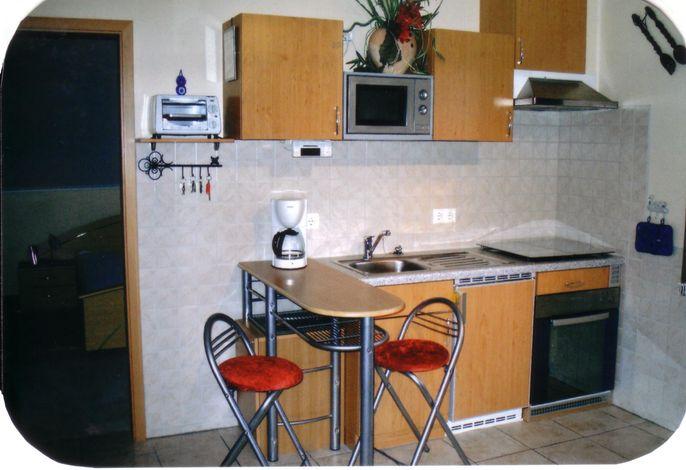 Küchenzeile/Wohnzimmer