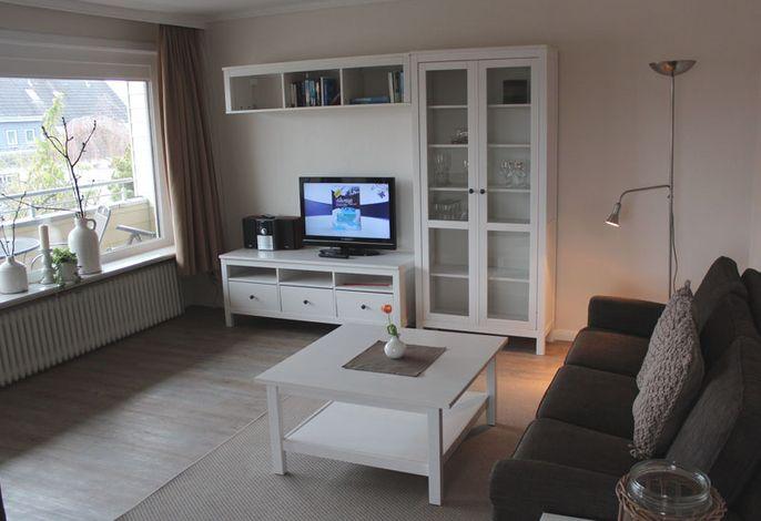 Wohnzimmer mit gr.überdachten Südlagebalkon