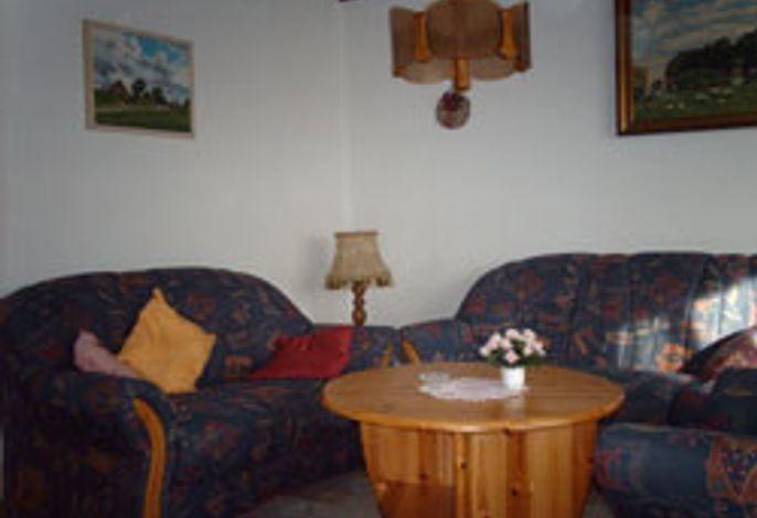 Wohnung Höckhallig, das Wohnzimmer mit Couchecke