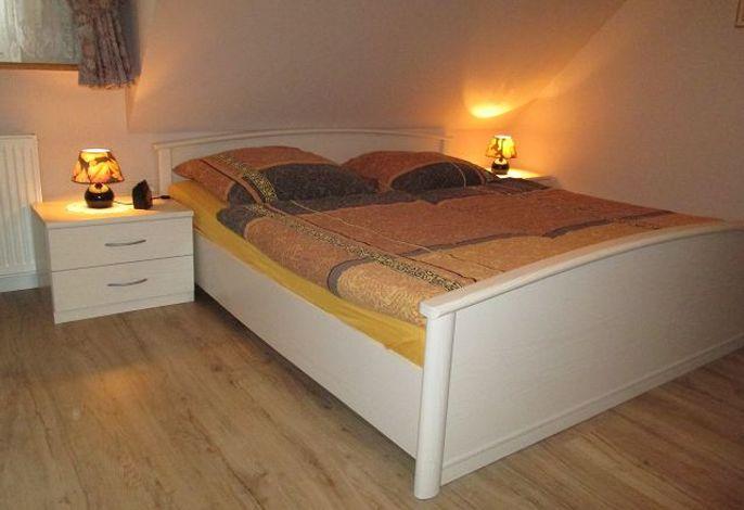 Elternschlafzimmer, Ferienwohng. Karin Malligsen