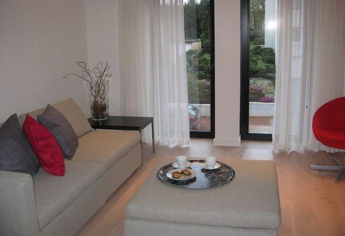 Geschmackvoll und modern präsentiert sich das Wohnzimmer