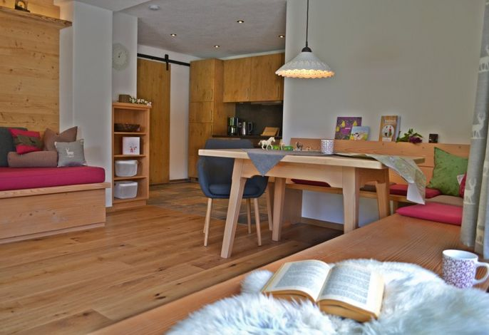 großzügiger luxuriöser Wohnraum