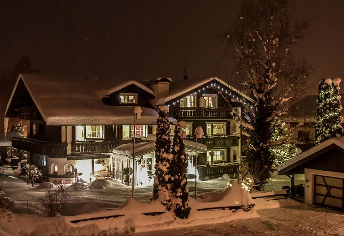 Haus Susanne Nachtaufnahme im Winter