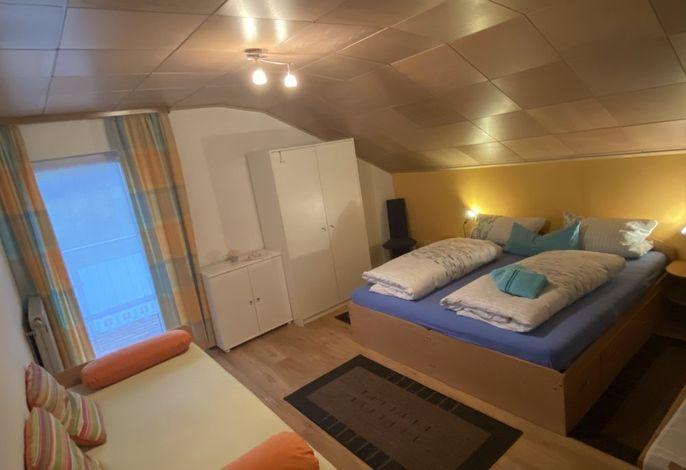 Schlafzimmer bis zu 3 Betten - Ferienwohnung