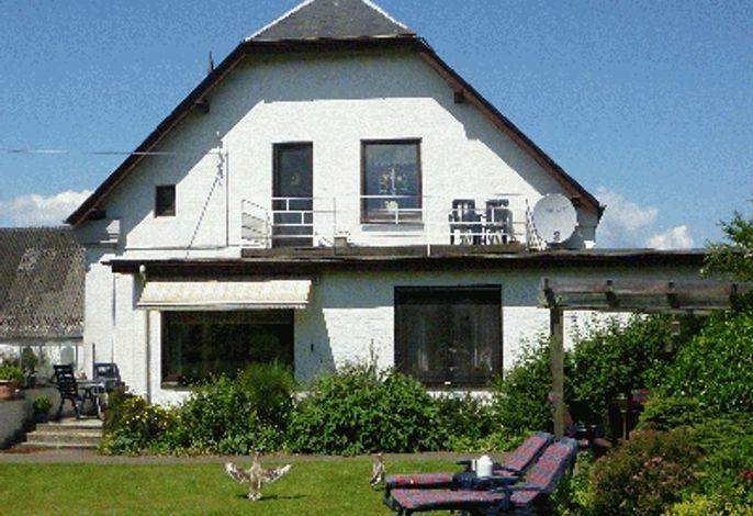 Landhaus: Garten, Balkon, Veranda, Terrasse, überdachte Laube