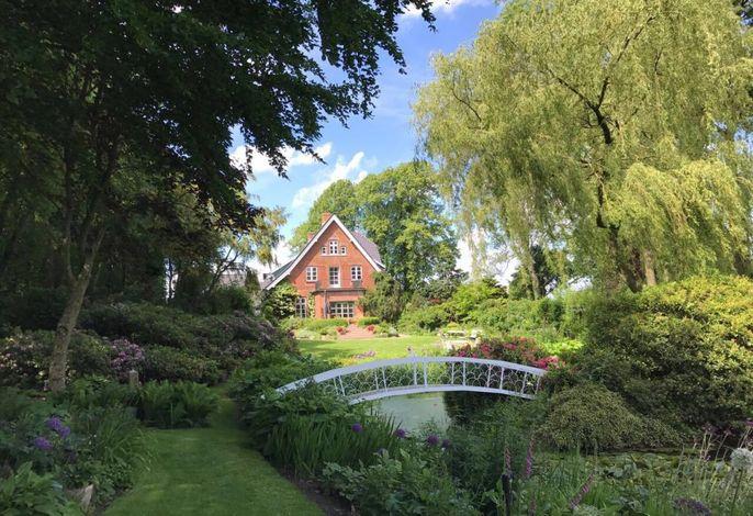Erholung im Garten Hof Osterbunsbuell