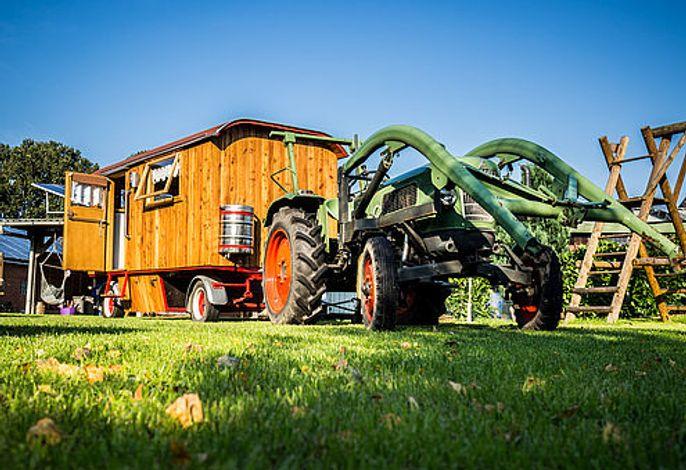 Schäferwagen mit Trecker