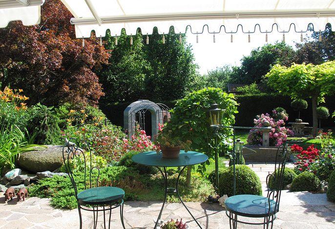 Kleiner Blick in den Rosengarten