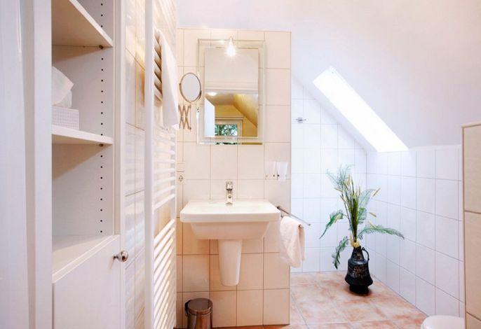 Gelbes Zimmer- Badezimmer