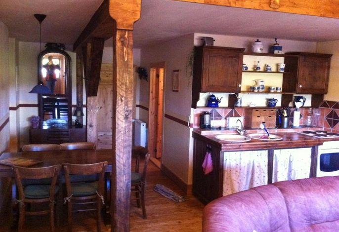 Fewo 1: Wohnraum mit Küche