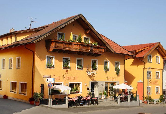 Hotel Metzgerei Ferienhaus Rösslwirt Außenansicht
