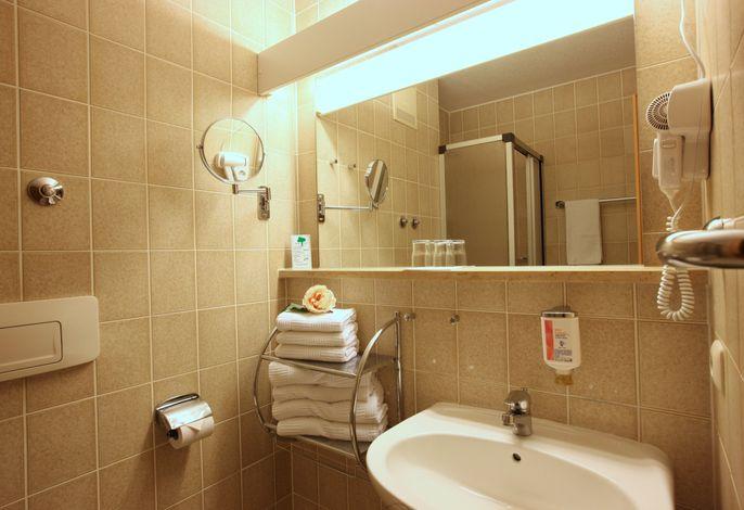 Wohnbeispiel Doppelzimmer Silencio Badezimmer