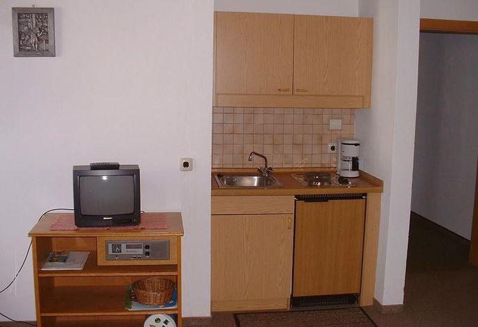 Küchenzeile FeWo 2 u. 4, Appartementhaus Söll'n