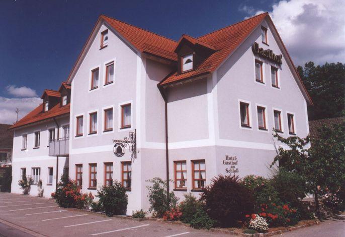 Pilsach Hotel-Gasthof am Schloß