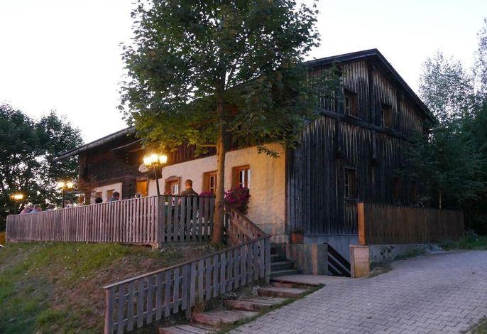 Waldlerhaus im Augus