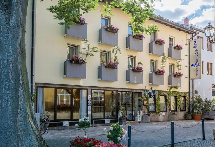 Hotel Brunner - Außenansicht Front 2016