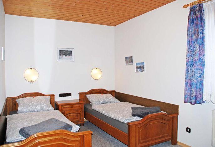 Zimmer 6 Betten