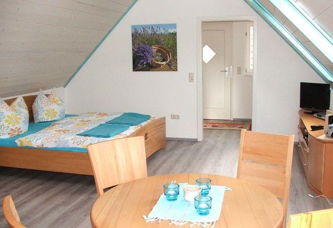 Wohn-/Schlafbereich in der oberen Ferienwohnung