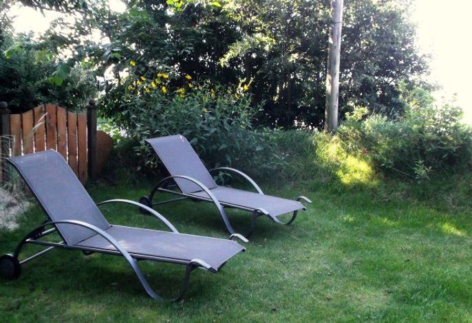 Liegemöbel zum Ausspannen im Garten