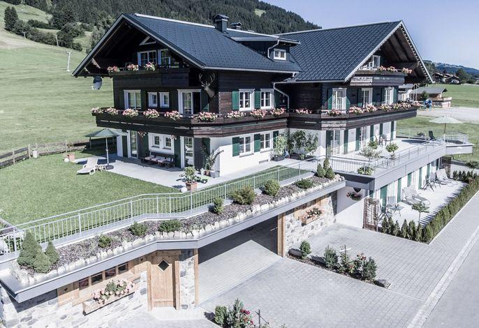Alpenhaus Steiner im Sommer